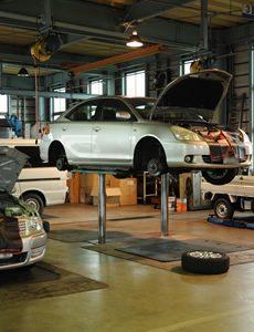 株式会社アサオは認証(指定)工場の 整備付き車検で 安心・安全 カーライフ 自動車整備  富山県富山市大沢野